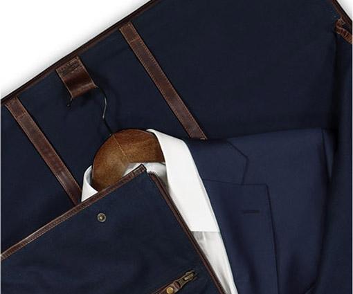 Gewinne eine hochqualitative Anzugtasche von Buckle & Seam Teaser Bild